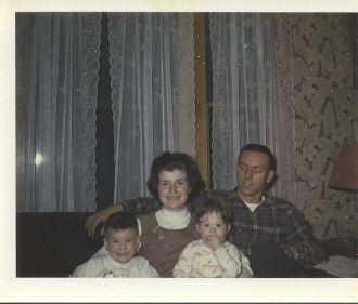 Carolyn Alva Nason family