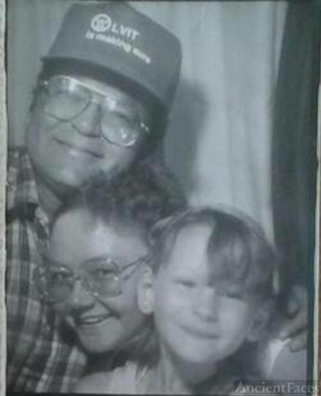 Ricky Earl Cobb family