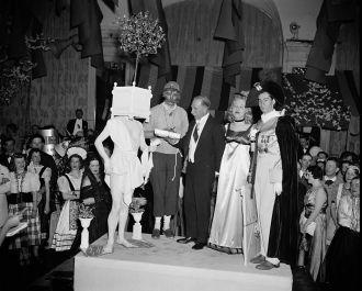 Richard Hill, Best Costume 1939