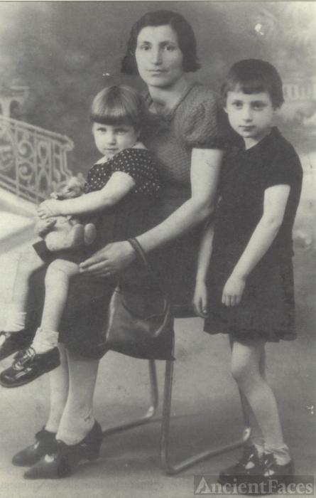Lotty Goldenberg 1942