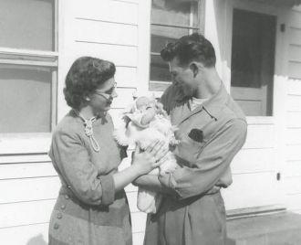 Joyce, Kathleen & Frank Kroetch