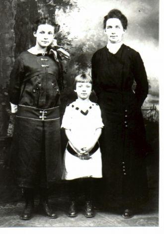 Nellie Mae Disbro
