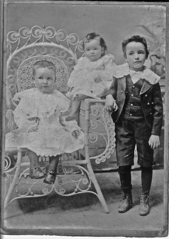Wilson, Dowling family