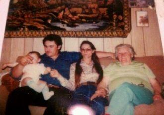 Onnie Carlisle and family