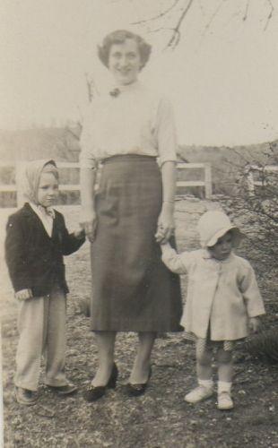 Pinkley Family, Easter 1952