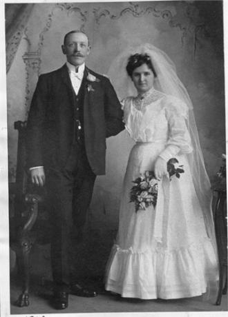 Arthur Carl Pohley, (Birth family)