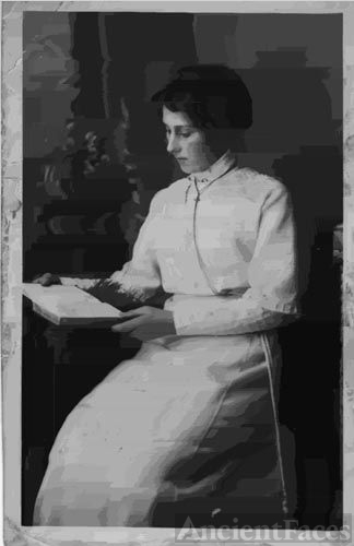 May Grivell, early 1900's