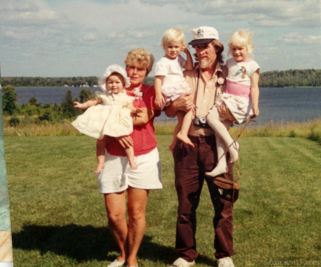 Andersons At The Lake