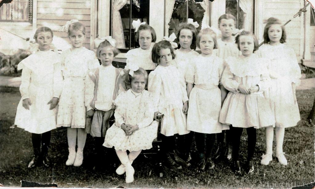 Rachel Easingwood, 1908