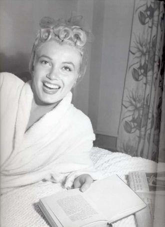 Marilyn Monroe in Bathrobe