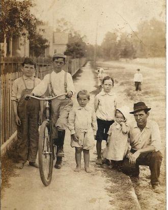Henry J. Endom family