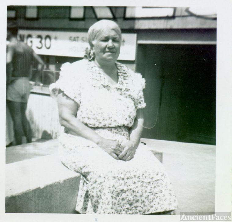 Bertha [Dienes] Foldhazi