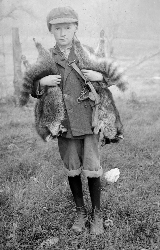 Unknown Missouri Boy - The Sucessful Hunter