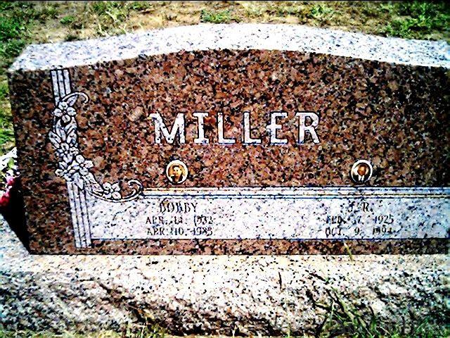 Bobby Blanche Denton Miller Grave