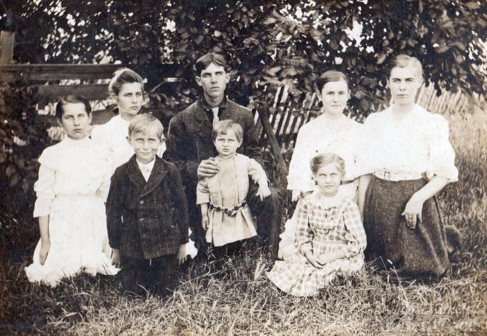 Kleinknight children 1906