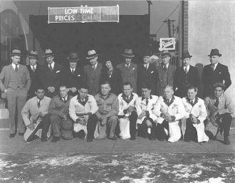 Employees of Linwood Motor Agency