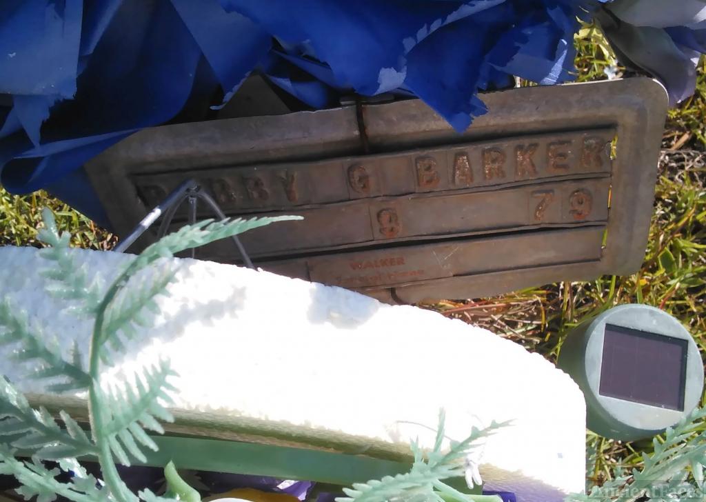 Bobby Gean Barker gravesite
