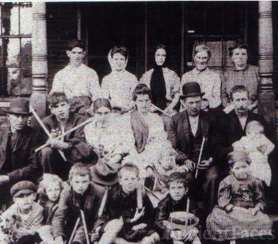 John & Anna (Cornwill) Woodbury Family, 1910