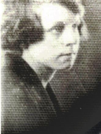 Gladys (Dutton) Wear