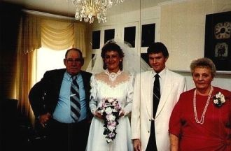 sherry,paul  granny & grandpa schultz