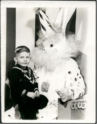 Easter bunny with a hat