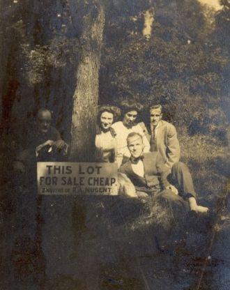 Sutherland group, Illinois 1907