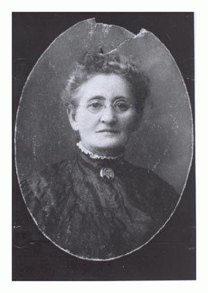 Sallie J. (Hammer) Wade
