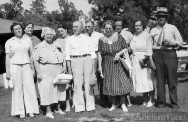 Clark, Thompson, Seeger Family