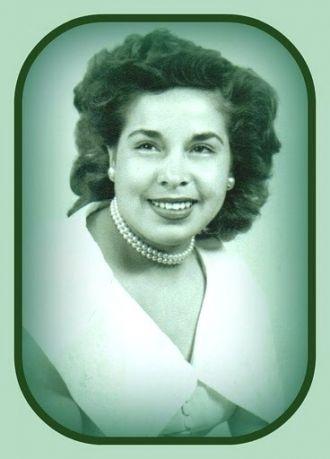 Virginia Espinoza with pearls