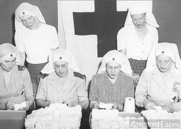 Red Cross, WWII