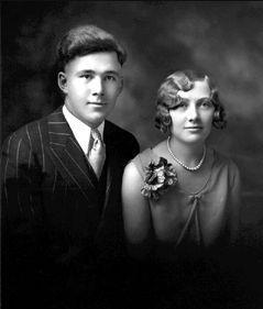 Harold & Josephine (Kirscht) Schmidt, 1929 Minnesota