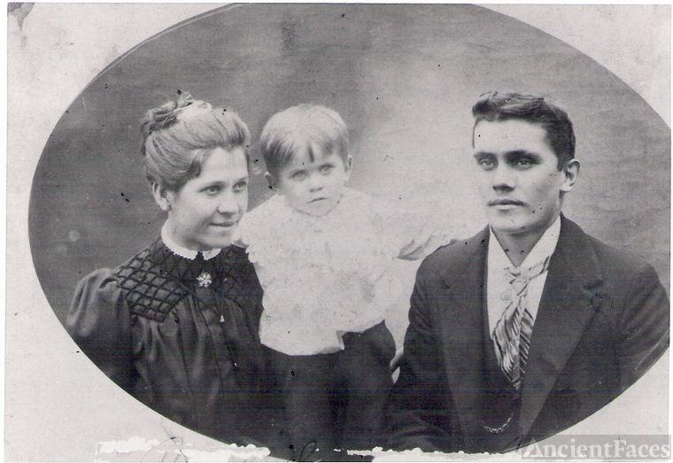 Joe,Rose Varna Babka, & son George