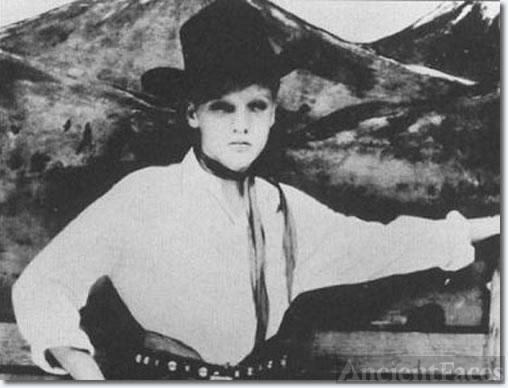 Elvis Presley, age 13
