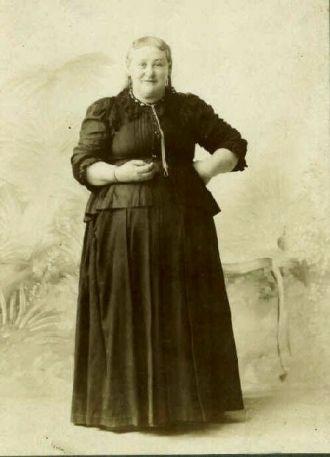 CYRENA SARAH (BECKWITH) FRAZEE - my g-g-grandmother