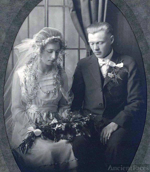Esther & Emil Buse