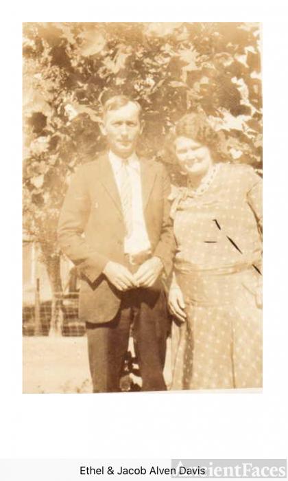 Jacob and Ethel Lee (Salters) Davis