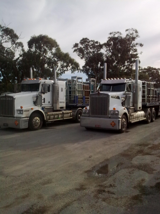 """Kenny Kalajdic & Mate KEL Heading back from Adelaide to Melbourne """" picture taken at BorderTown """""""