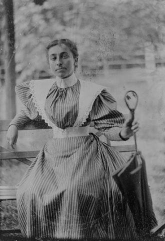 Unknown woman circa 1890