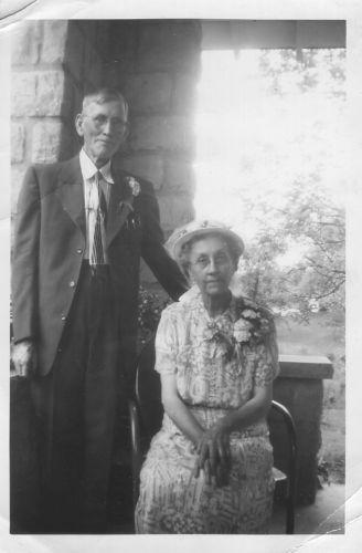 Wedding Photo, Jerry Harmon & Mary Frances Jarrell Harmon