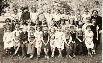 Lulu Bierman's Class, OH 1940 2nd grade