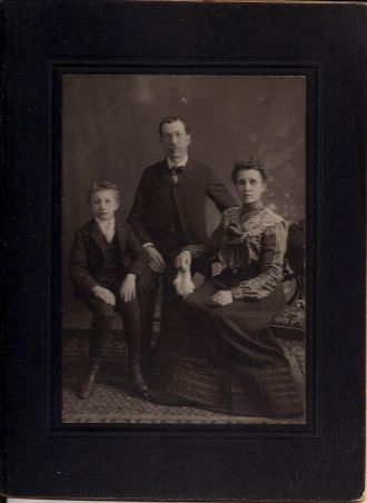 Unknown family, Michigan