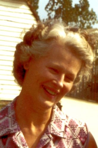 Phyllis Mary Kathleen (Lowe) Hunt