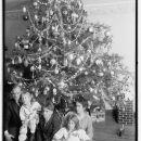 Raymond Dickey, Christmas Tree, 1915