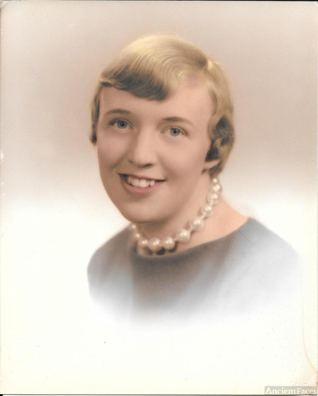 Sally Gay Holland
