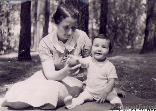 Ruth Lustig 1939