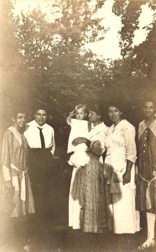 Family Group - Alexander, Everett, Reinhard