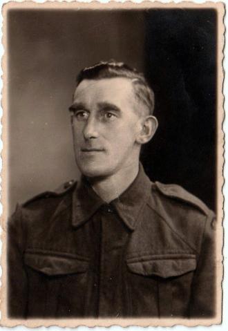 Ernest Brankling (Front)