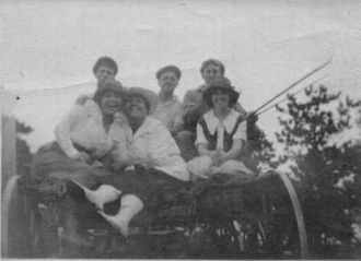 George & Ella Ames & Family, 1919