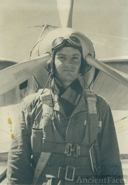 Fred Wahl in uniform
