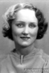 Gladys Edlund Weaver
